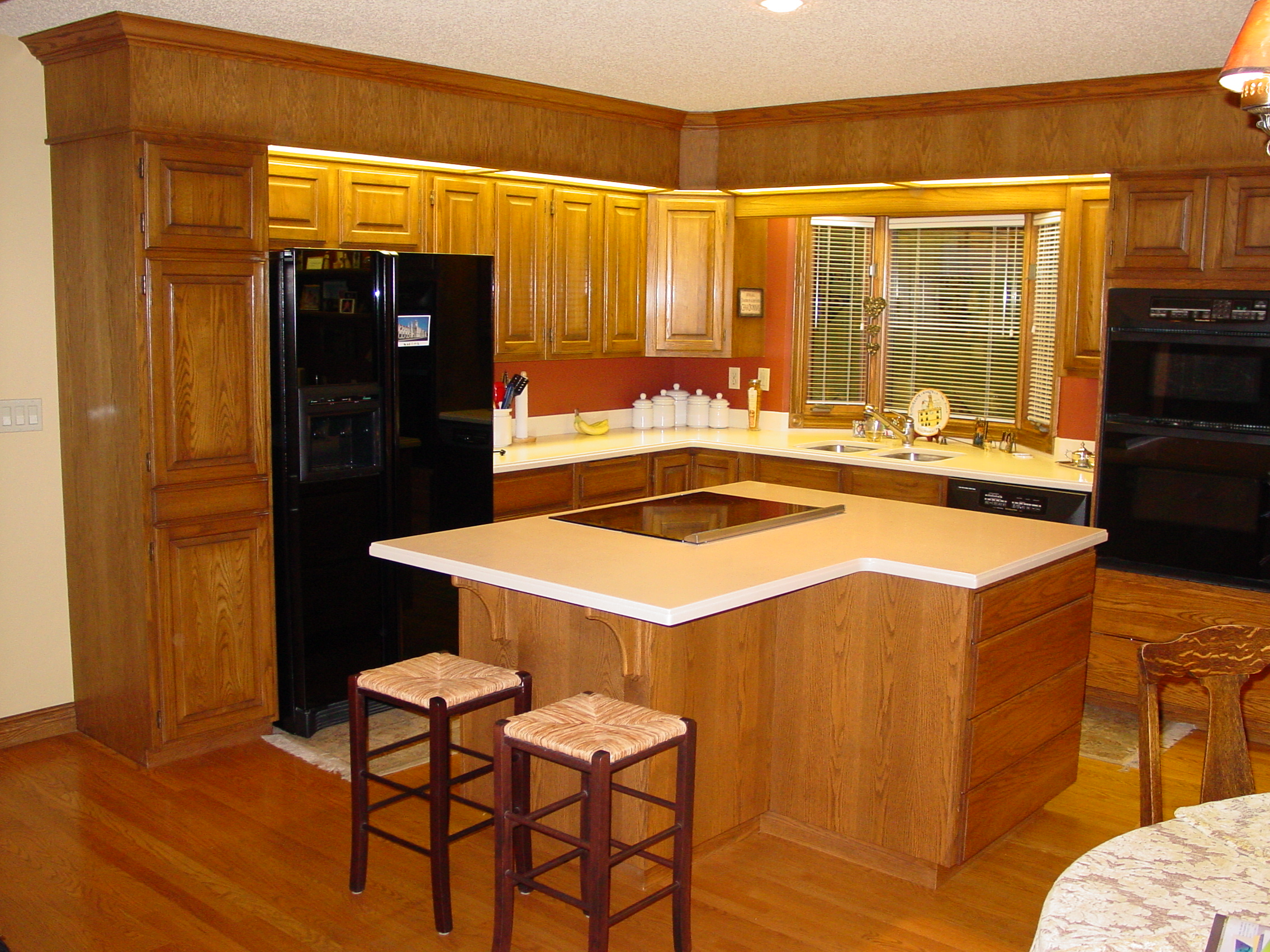 What is Cabinet Refacing?